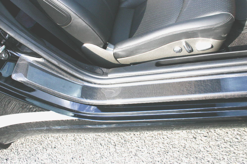 ポルシェ 911/997 カレラ&カレラS ブラックカーボン エントランスモール
